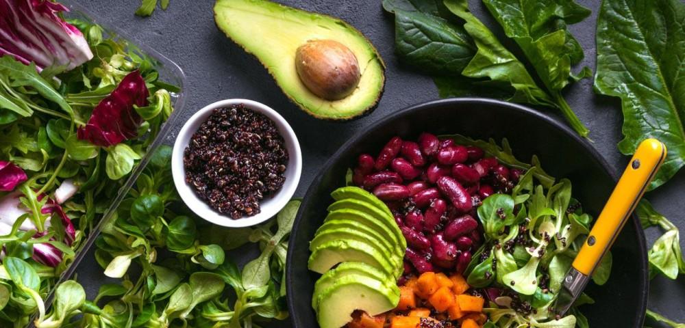 Temperos para saladas: alternativas saudáveis