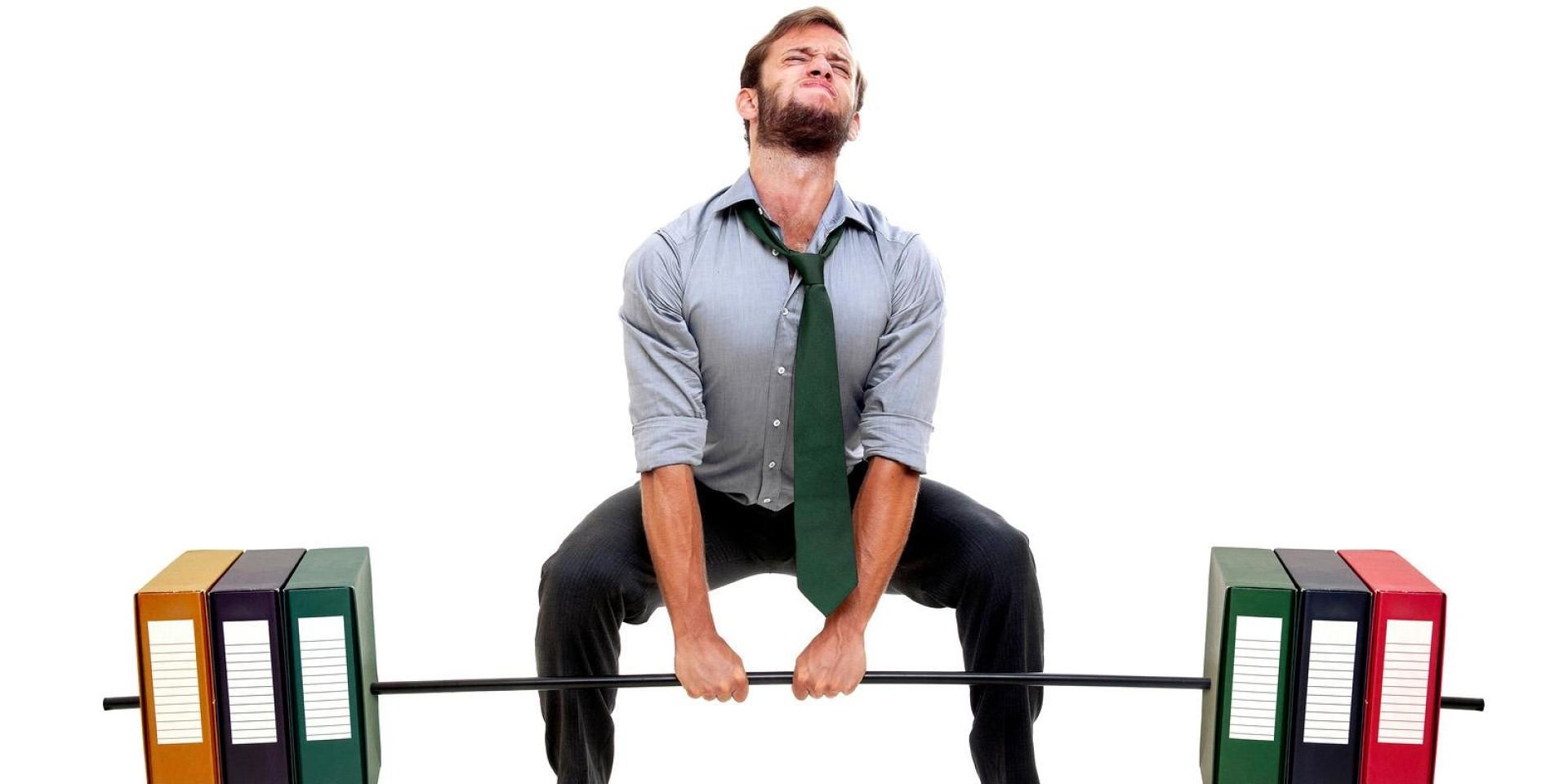 E se treinasses no escritório?